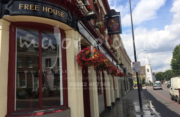 Hanging Basket Services for Pubs_image_022
